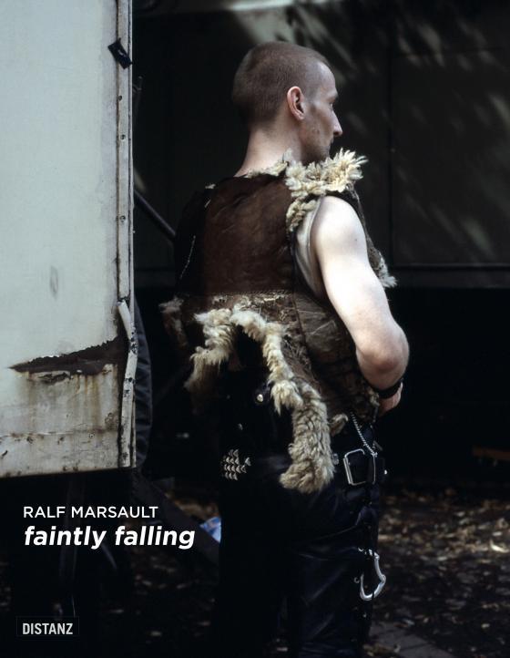 Cover-Bild Faintly Falling